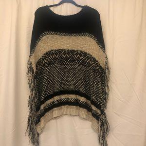 Stylish Women's Poncho